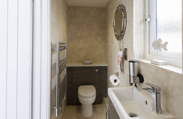 En-suite Bathroom - Waterfront